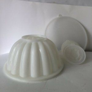 Vintage Tupperware #776 Jello Mold Jel-N-Serve